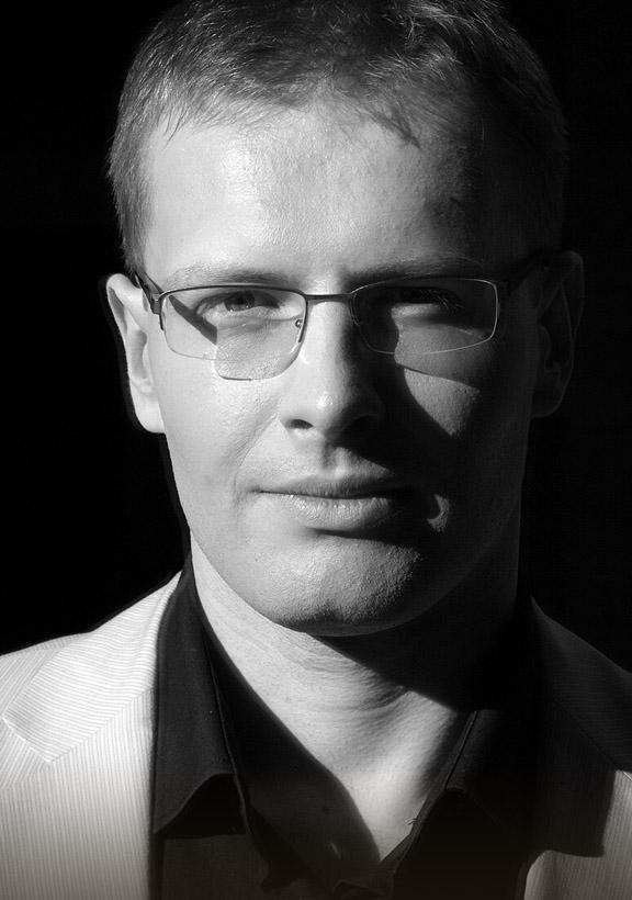 Piotr Banasik kontakt